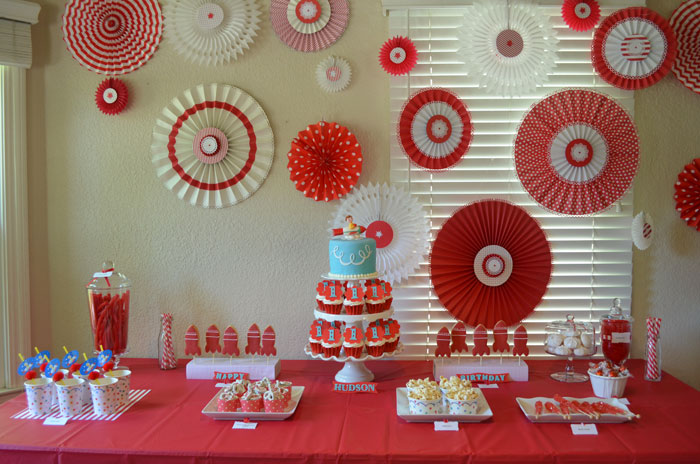 Retro Rocket Dessert Table