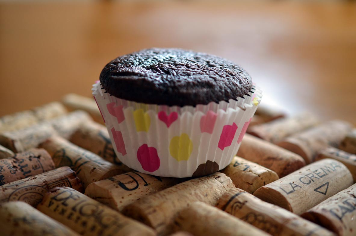 Cupcake in Standard Baking Cup Lined with Reynolds Foil Cup