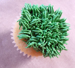Piping Grass onto the Cupcake