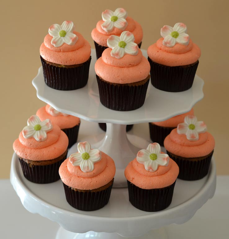 Dainty Dogwood Cupcakes