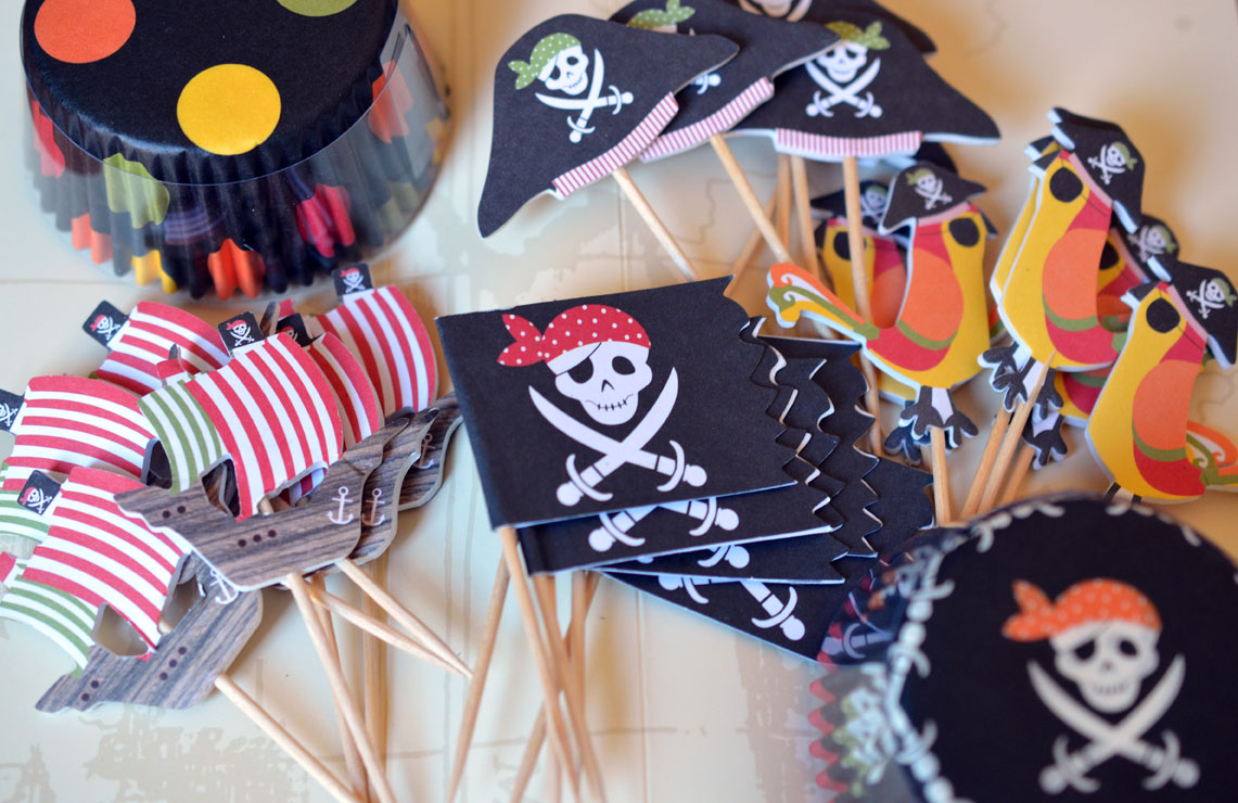 Cupcake toppers and baking cups
