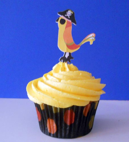 Parrot Cupcake