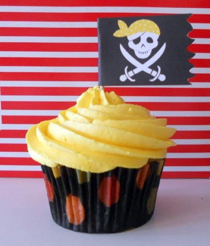 Pirate Flag Cupcake